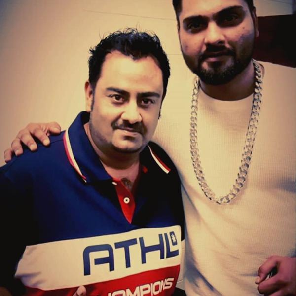 Singer - Navv Inder